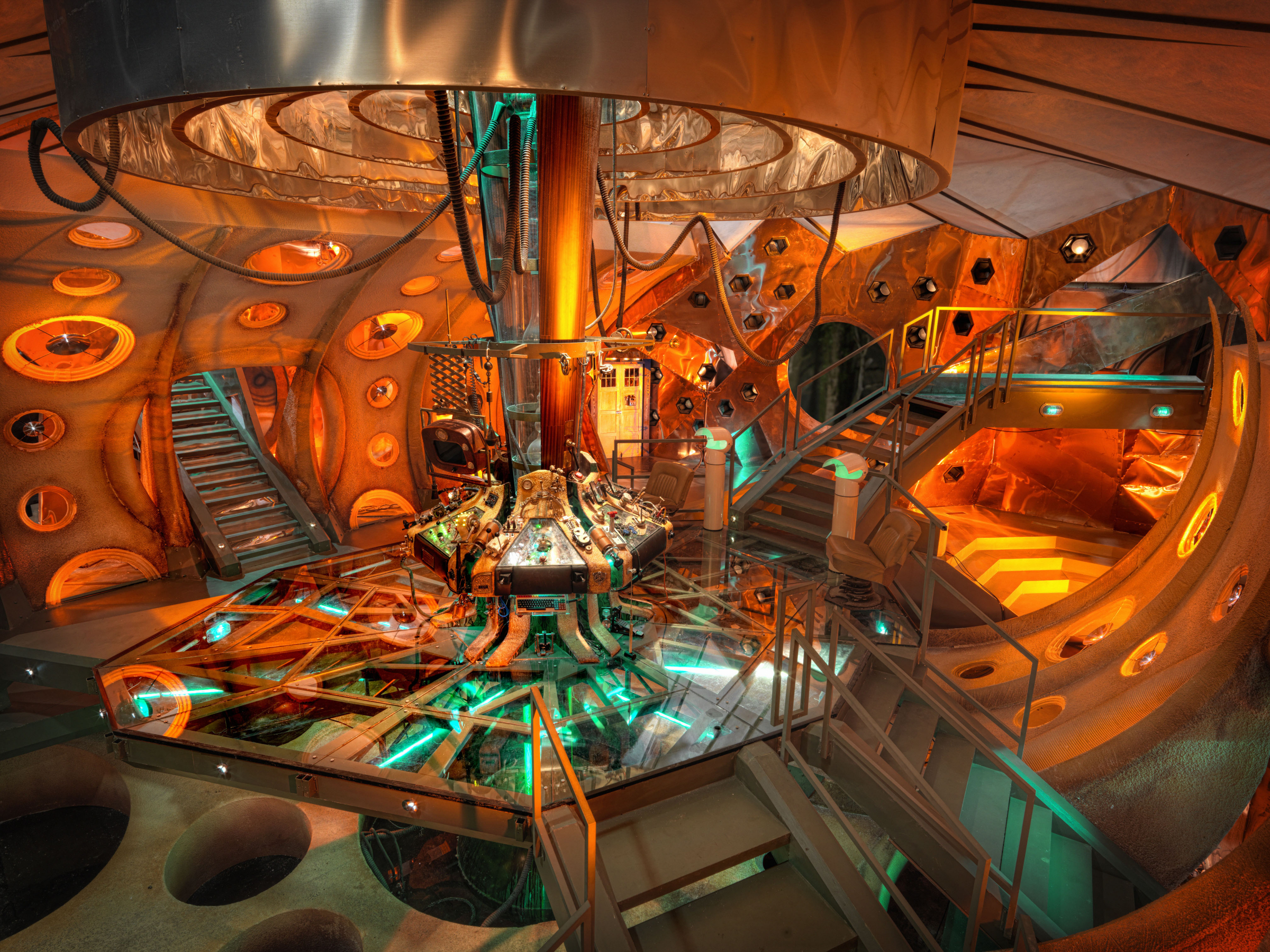 The tardis is bigger on the inside so is your iphone nerdist - Intiriror picture ...