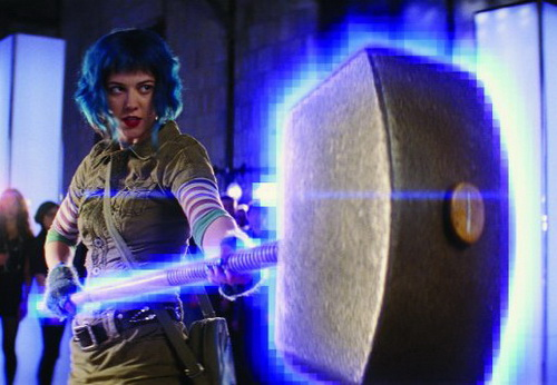 http://brusimm.com/wp-content/uploads/2010/08/SCOTT-PILGRIM-Mary-Elizabeth-Winstead-with-her-THOR-Hammer.jpg